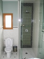 BATHROOMS IMG 1370
